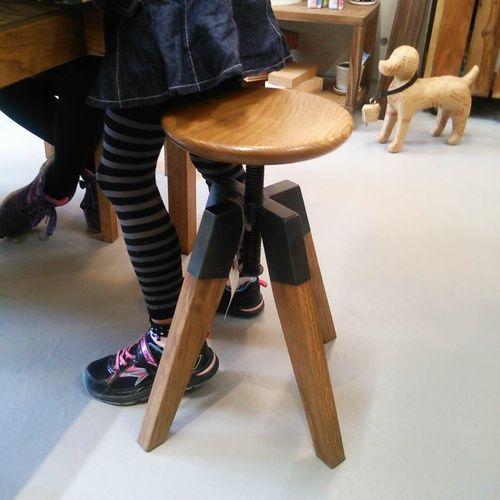 レトロモダン家具、雑貨の企画、販売のfuremoです。 | 大阪府吹田 | 天然無垢材とアイアンのスツール(NEUTRAL)