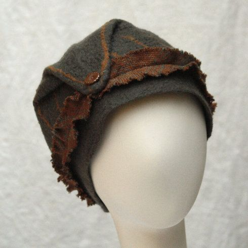So original...would love to combine felting with a little bit of weaving like in this hat...