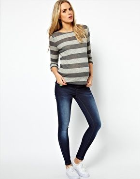 Image 4 of ASOS Maternity Skinny Jeans In Dark Vintage Wash With Stretch Waistband