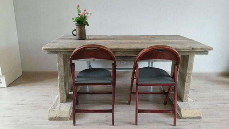 Landelijke tafel steigerhout..