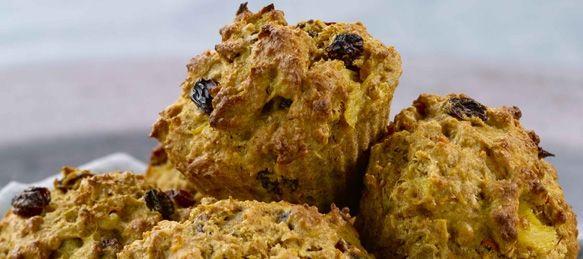 Pineapple Carrot Cake Whole Wheat Muffins Recipe - All-Bran.ca