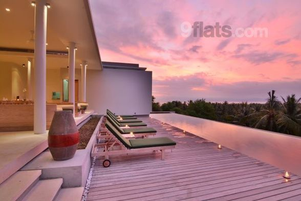 Book Family-friendly Bed and breakfast with Balcony/Pool/Air conditioning in Senggigi from 165 € at 9flats.com