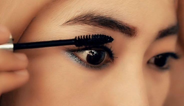 Video Tutorial Make up Hijab Daily (Eyeliner+Eyebrow+Maskara)