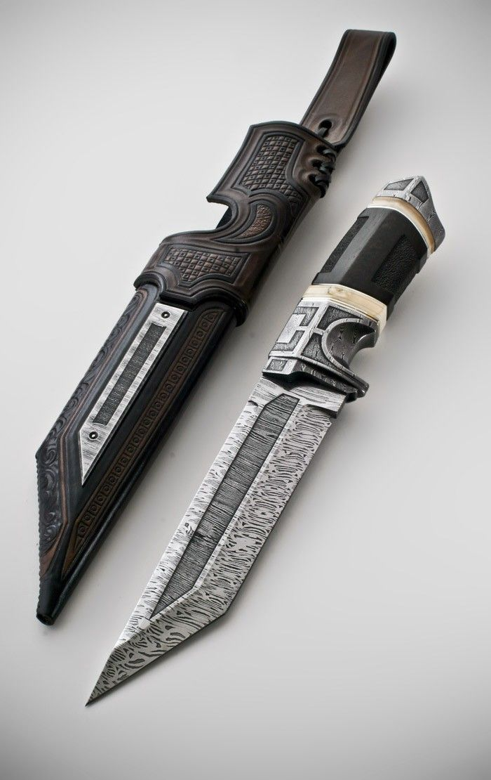 Dark fighter by Andre Andersson Custom Damascus Knives - Knives, Daggers, Swords and Artknives from Sweden