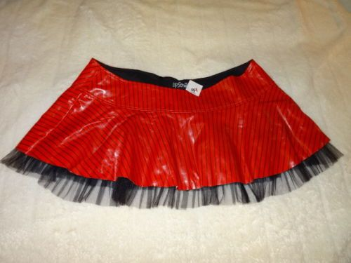 """LIP SERVICE (Hot Topic) Lady Is A Tramp II """"One For My Baby"""" mini skirt"""