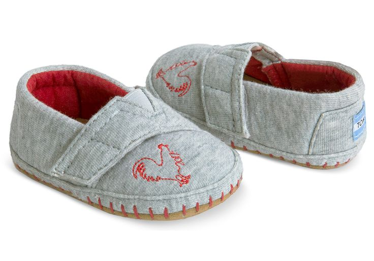 Ring in the Chinese New Year with this Year of the Rooster Crib Alpargata Layette only available at TOMS.com or TOMS retail stores. Gift these Crib Alpargatas to the newborn Roosters in your life.