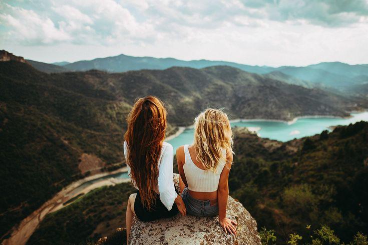 People 2048x1365 women women outdoors long hair sitting ...