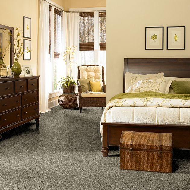 Gray carpet in a bedroom....look for the other pin with the accent rug.