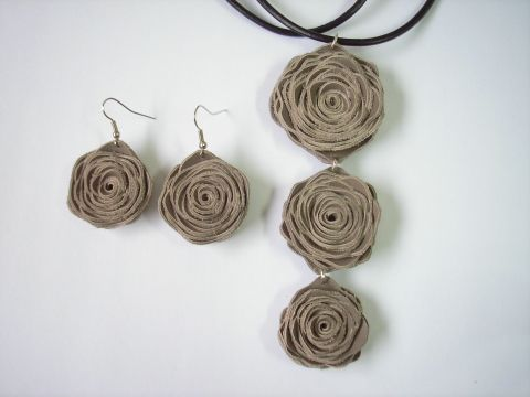 rose leather jewelry