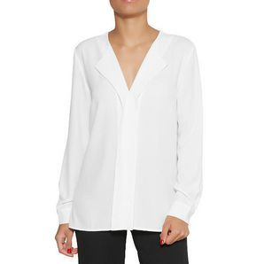 Add some style to your workwear wardrobe with the Dannii Minogue Petites tailored blouse. Style minimally for the day, and take it up a notch for a...
