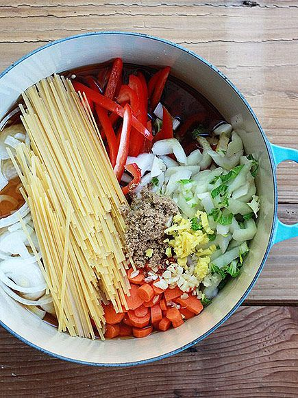 20 One-Pot Pasta Recipes That Will Change Dinner Forever | PEANUT SESAME | Sweet, spicy, salty, crunchy? Check, check, check and check! Get the recipe HERE.