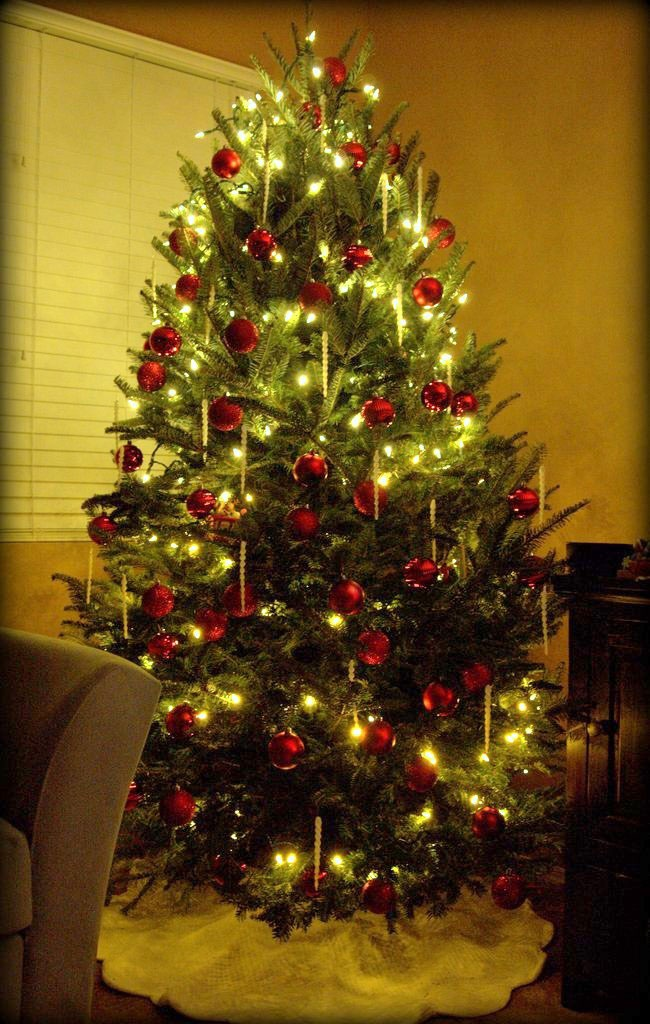 577 best Country Living's Christmas Tree Contest images on ...