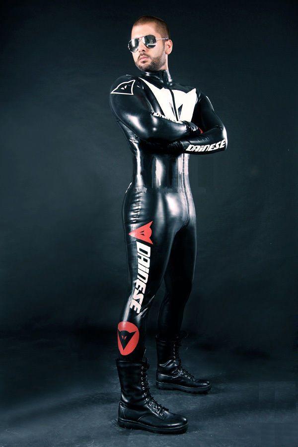 Aufblasbarer latex anzug