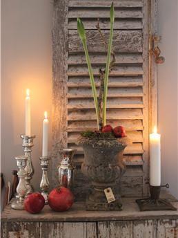 My Vintage Home - Franske kirkestager, fajance, skodder, fattigmandssølv, louis philippe spejle... giner mm. - til det mere industrielle i form af metal skabe , Tolix borde & stole, Jiélde lamper, rå fabriks lamper.