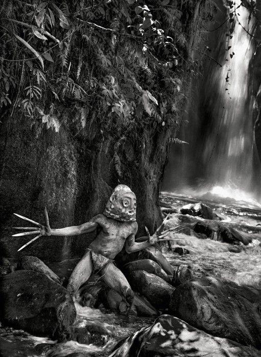 Czarno-białe zdjęcia Sebastião Salgado. Poruszająca GALERIA