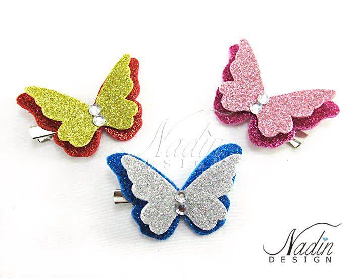 Бабочка из блестящего фоамирана на заколке