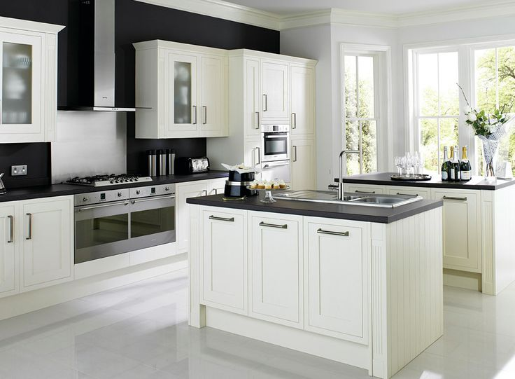 cooke and lewis kitchen cabinets heritage kitchens carisbrooke cooke amp lewis cabinet 13850