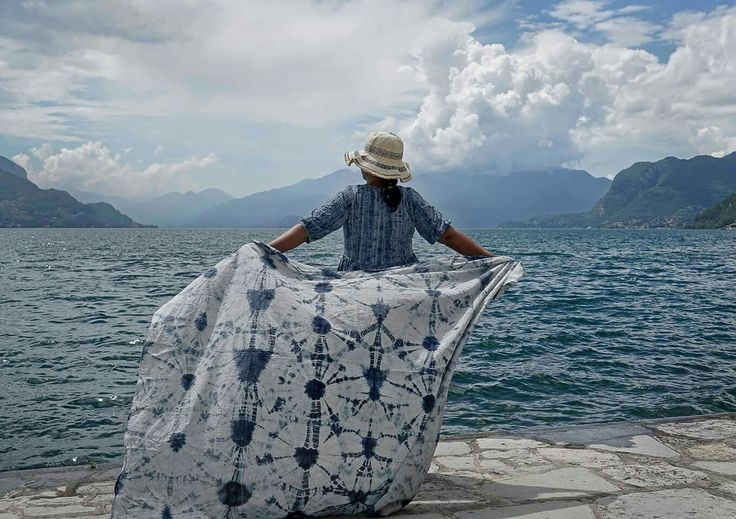 Lake Como and kumoshibori