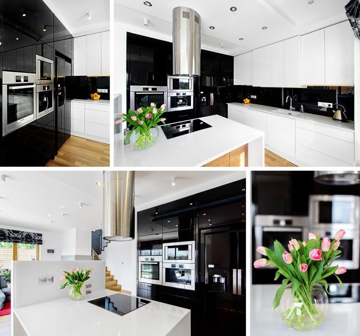 Biało czarna kuchnia z wyspą. elegancka kuchnia, nowoczesna kuchnia. Zobacz więcej na: https://www.homify.pl/katalogi-inspiracji/28410/6-nowoczesnych-wysp-kuchennych