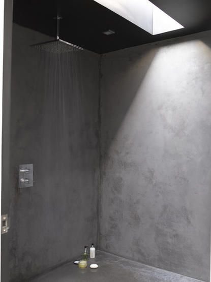 Concrete plaster rendered walls shower wet room running water shower rose skylight real home L etc 01/2008