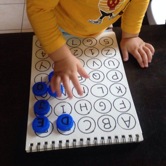 This activity will help the little ones develop essential cognitive and language skills. Click image for simple instructions and 1000s more fun, easy, no-prep activities!