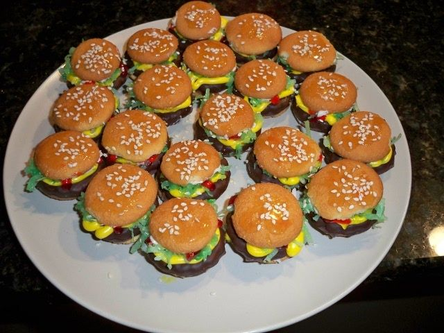 Mini Hamburgers made out of Nilla wafers & grasshopper cookies!