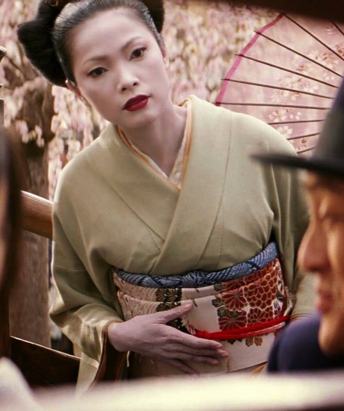 slavery in memoirs of a geisha The story of memoirs of a geisha is about the strikingly pretty child of an impoverished fishing family, chiyo taken to faraway kyoto and sold into slavery to a renowned geisha where she is renamed sayuri.