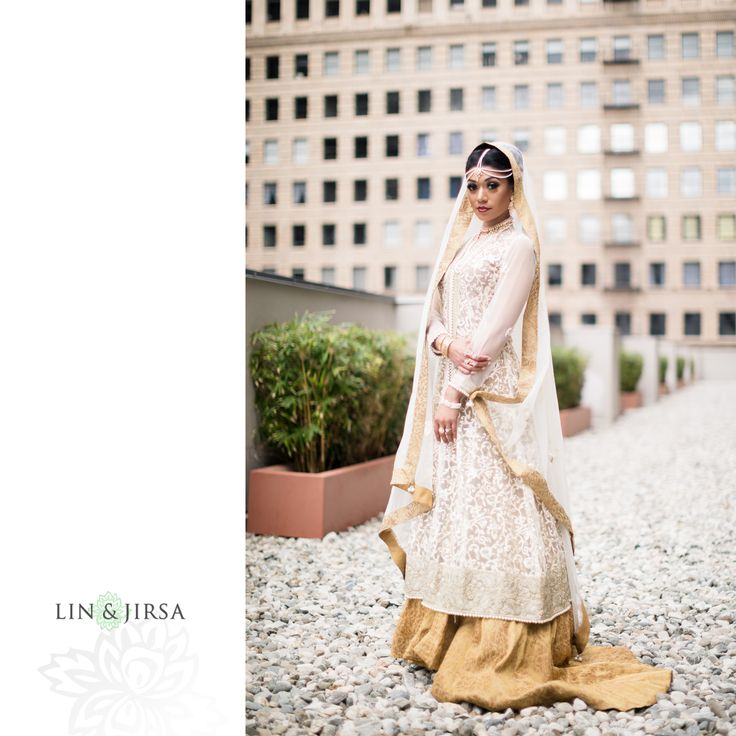 Please enjoy this gorgeous The Majestic Downtown Los Angeles Indian wedding featuring Sadia & Saheil. Special thanks to the wedding planner, Kat Minassi Events for organizing this beautiful event. Also, check out our Facebook and Instagram for updates and the latest with Lin and Jirsa, Los Angeles! Wedding Preparation Wedding First Look & Couples Session … Continue reading The Majestic Downtown Los Angeles Indian Wedding | Sadia & Saheil →