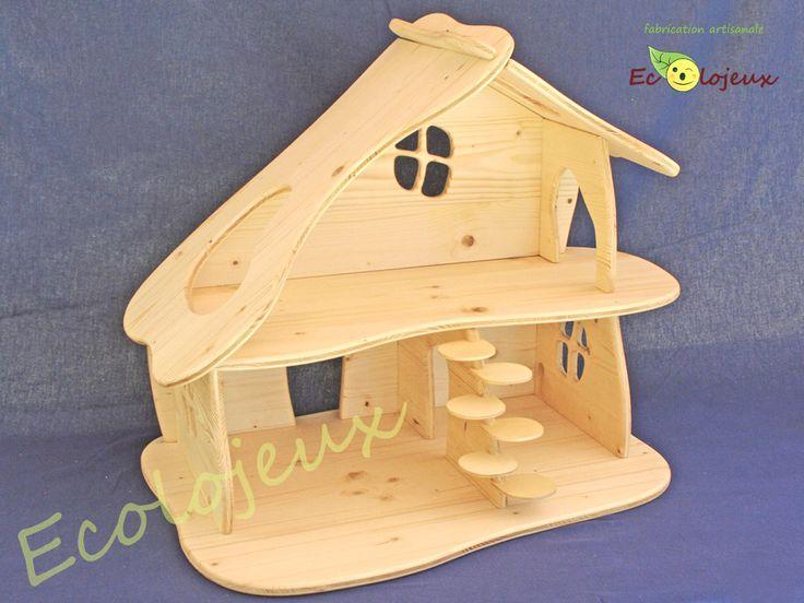 Maison poupée bois Création Ecolojeux. La maison de poupée Champignon est un modèle unique crée par Ecolojeux. Démontable, elle s'assemble par emboîtement. Conception écologique. Finitions de qualité. https://www.ecolojeux.com/maisons-de-poupees-et-minis-poupees/97-maison-de-poupee-en-bois-artisanale.html#/couleur-nature