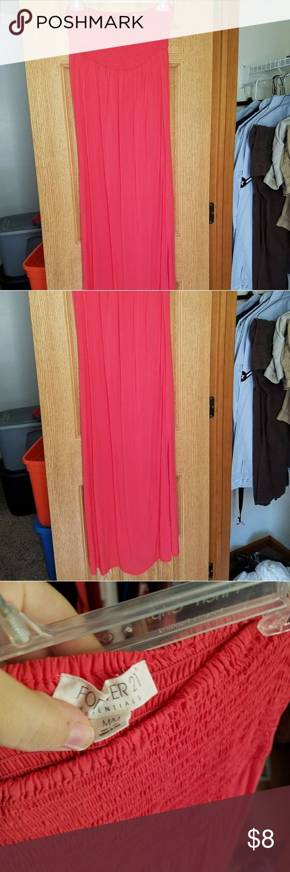 Strapless maxi dress Super comfy lightweight hot pink maxi dress. Excellent condition Forever 21 Dresses Maxi