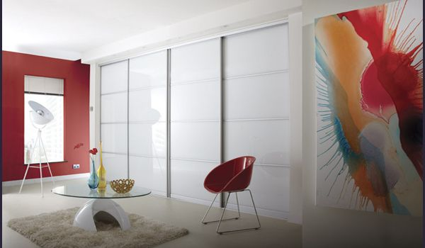 MetroWardrobes offers made to measure fitted sliding door wardrobes, an ideal storage solutions for your bedroom or home with wide range of design options.