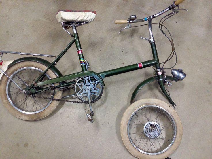 """Raleigh vintagw bike,Sturmey Archer gearbox on hub,dynamo wheel 16"""""""