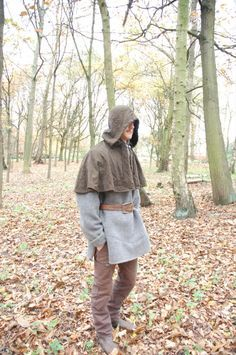 Wool Blanket Bushshirt. Pose looks a little LARPy, but the project sounds fun and warm.