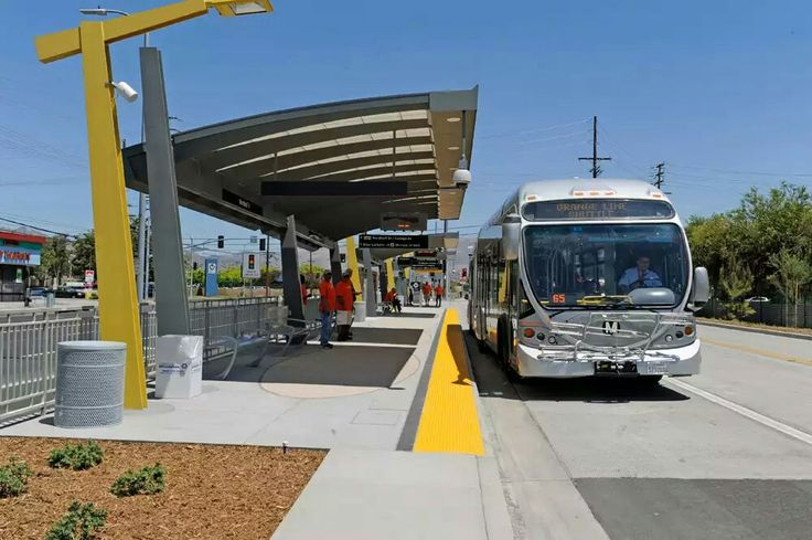 Gallery Metro Orange Line Extension on opening day