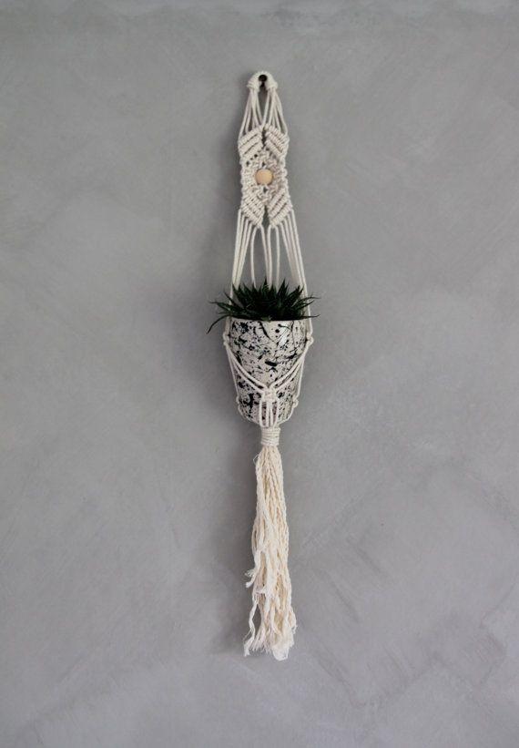 "Mini Plant Hanger ""Keturah"" - By Helga M. on Etsy / Modern macrame / Boho Macrame / Boho decor / handmade macrame / handmade decor / boho interior"