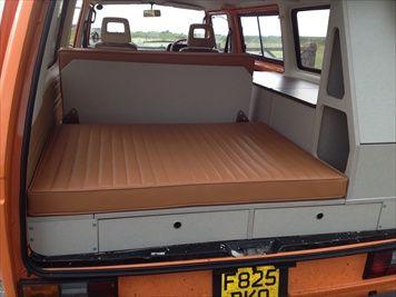 Organizador con cama para la combi volkswagen t3 for Interieur westfalia t3