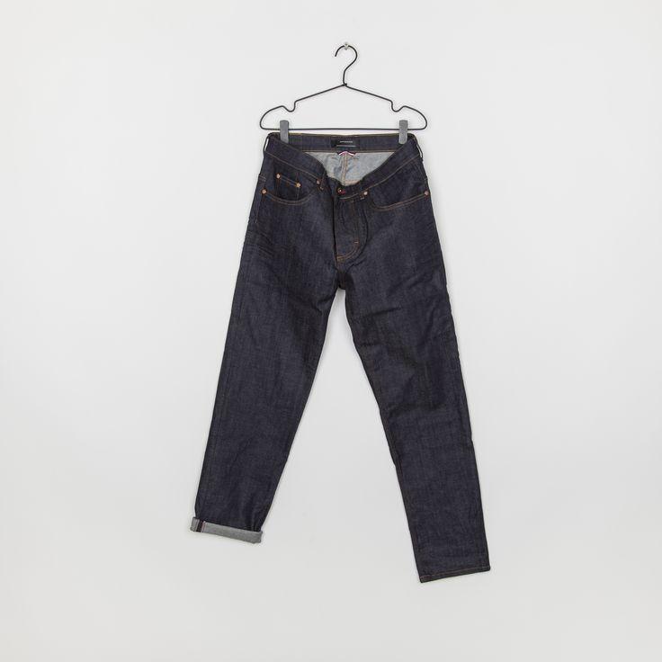 RVLT - men's fashion. Loose denim jeans.