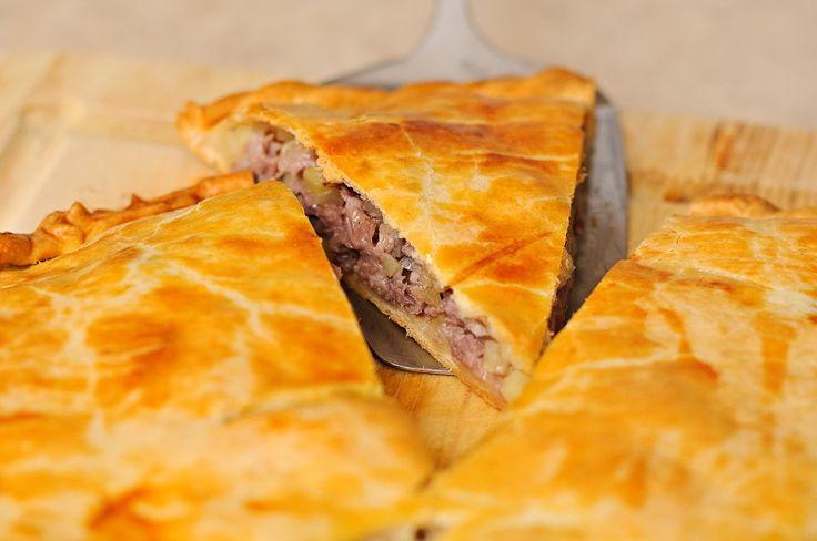 Мясной пирог с картошкой