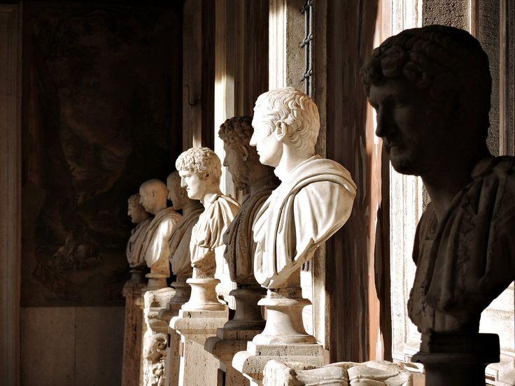 Loggia dipinta con busti di Imperatori c.d. Dodici Cesari   Palazzo Altemps  Loggia settentrionale