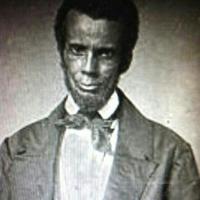 the real lincoln The real lincoln: a new look at abraham lincoln, his agenda, and an unnecessary war, by thomas j dilorenzo completely shatters the illusion of the 16th president as the liberator of the slaves dilorenzo provides convincing evidence for lincoln's overt racism as expressed in his documented views.
