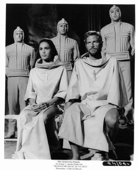 Still of James Franciscus and Linda Harrison in Beneath the Planet of the Apes (1970)