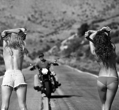 ✔ Hitch a Ride, the proper way ~ Bachelorette Bucket List. #bachelorette #party #game