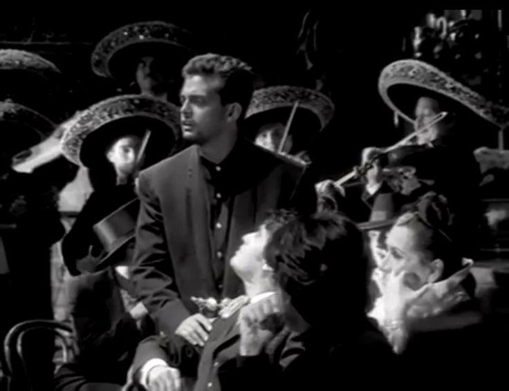 Luis Miguel con mariachi