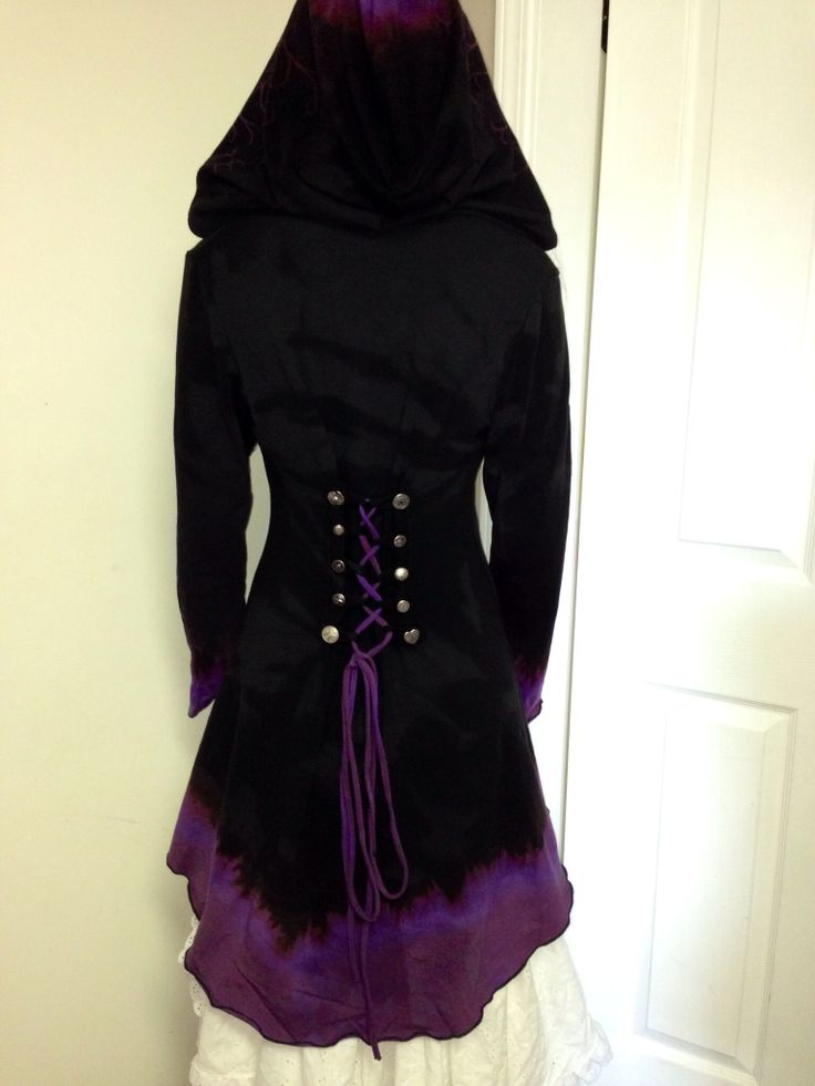 #fayetalitycouture @fayetalitycouture #handpainted and dip dyed   Corset laced Morgana hoodie.