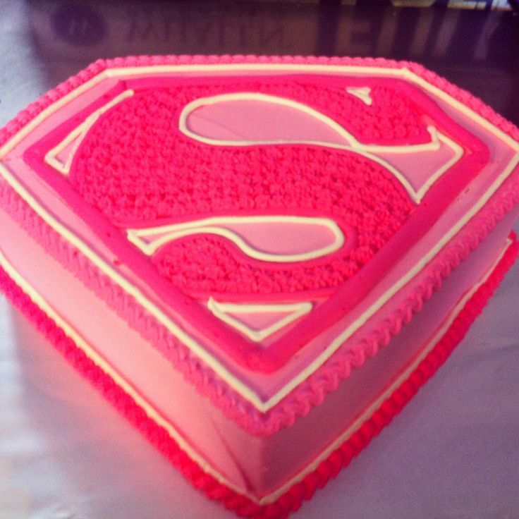 Supergirl Freehand Design With Whipped Icing Cake