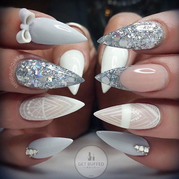Delicate and sparkly while pointy and fierce | browngirl Magazine Insta- @browngirlmag