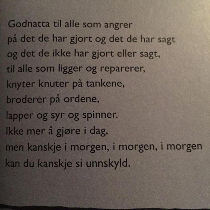 Skal du lese EN diktsamling i år (unntatt Ren poesi-boka da), vil jeg anbefale God natt, natt av Gro Dahle. Jeg begynte å gråte da jeg leste den. En serie så nydelige, kloke, og litt smertefulle god natt-ønsker - og et god natt til de som kanskje aldri får det. Dette tror jeg vil treffe både barn og voksne. #grodahle @kristinmhauge