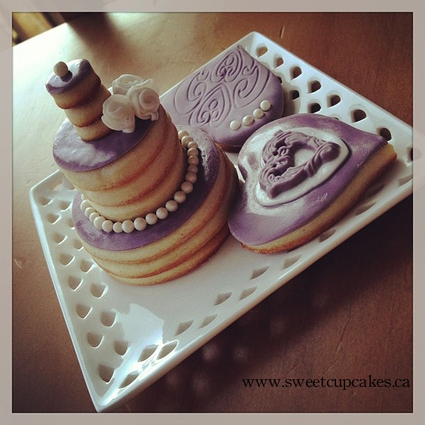 stacked wedding cake cookie favors 12 best stacked cake cookies images on mini 20462