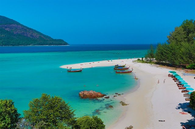KOH LIPE, THAILAND, MALDIVES TOUR THE ISLAND DOES NOT DISAPPOINT. THE ISLAND IS PRETTY CLEAR THAT THE SOUTH OF THAILAND. HAS NOT LOST ANY WHERE IN THE WORLD YOU GO, OR THE ISLAND.