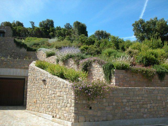 clôture de murets en terrasses